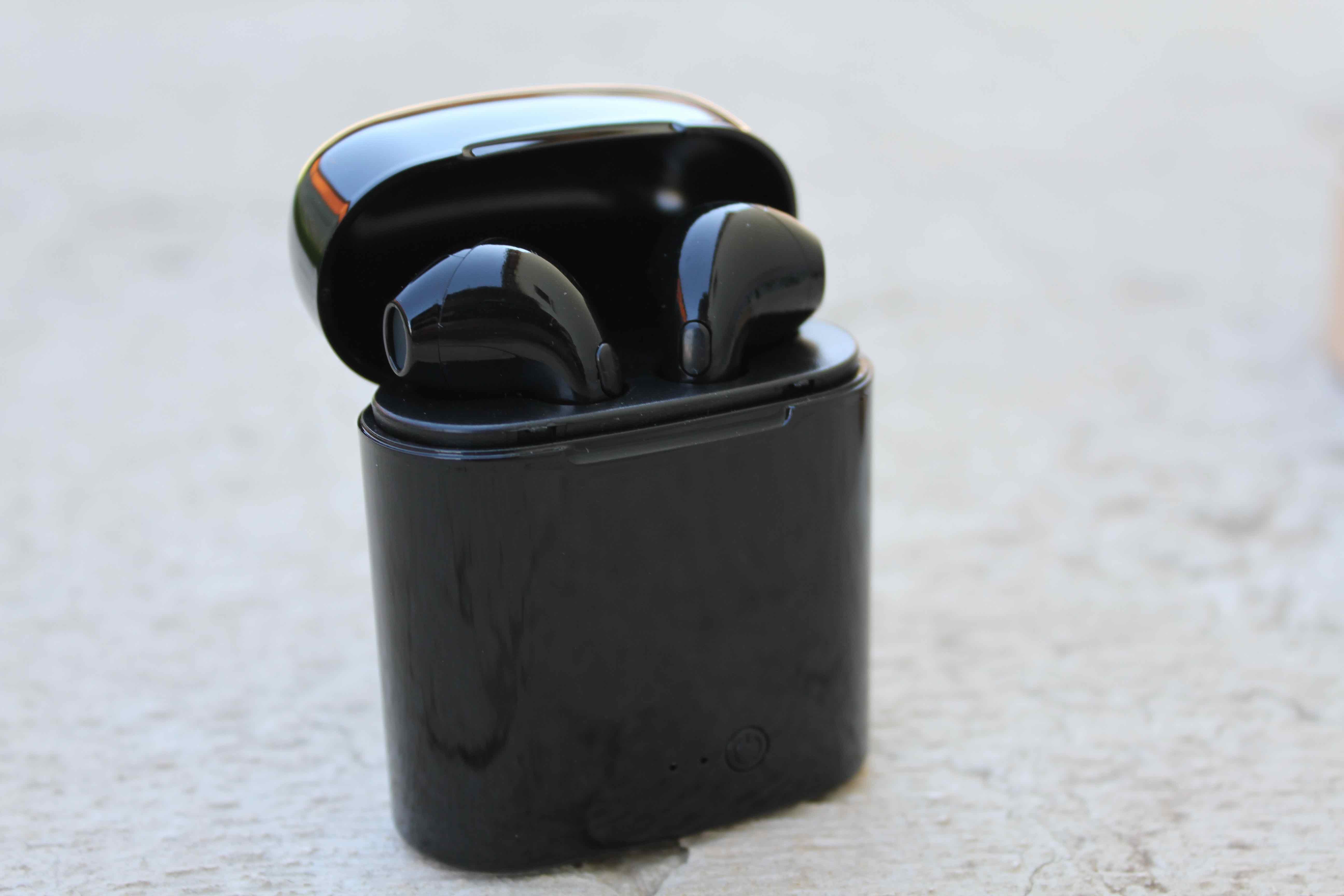 RECENSIONE  Cuffie Wireless simili ad AirPods e IconX  28554b7349f6